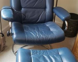 Leather Relax Chair w/Ottoman