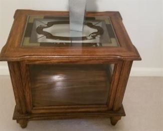 Beautiful Glass Cabinet with solid wood that opens $50
