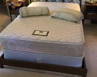 LANDSTROM FULL SIZE BED