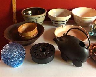 Roseville Bowls, McCoy Bowls, Iron Pig, Wood Bowl