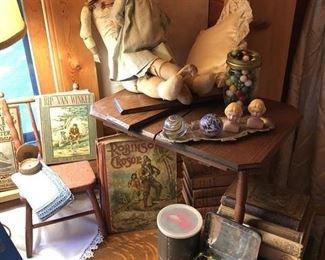 Beautiful Oak Oval Table, children's books, tea set, Porc. dolls, small oak child's table on top w/leaves!
