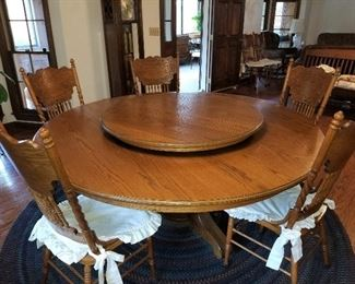 Lazy Susan Table & 8 Chairs