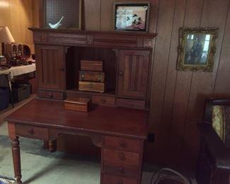 Post Office Desk ~ Saturdays price $225