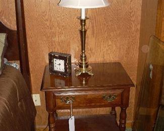 American Drew night stand, nice brass lamp