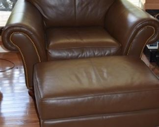 Pennsylvania House Leather Chair and Ottoman. Like New