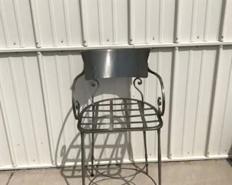 DESIGNER BAR STOOLS WITH BLACK AND WHITE CHECKED CUSHIONS SET 0F 5      $ 700.00  FIRM ORIGINAL PRICE WAS 329.00 EACH BAR STOOL, REDUCED FOR THIS SALE ONLY 550.00 SET