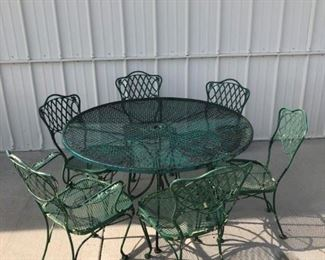 VINTAGE WOODARD TABLE AND 6 CHAIRS SET, LATTICE BACKS WITH MESH SEATS  SET $ 495.00