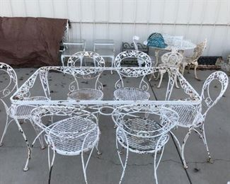 WOODARD CHANTILLY ROSE, TABLE AND 6 CHAIRS