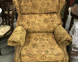 MATCHING RECLINERS, CHENILLE PAISLEY, CLEAN AND SO COMFORTABLE, CLAW FEET MADE BY THOMASVILLE $ 200.00 PAIR   REAL DEAL