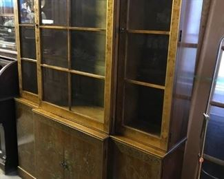 HAND PAINTED GOLD  GILT PAINTING, LIGHTS UP, GLASS SHELVES, BEAUTIFUL GOLD BACKING, A MUST SEE ITEM  $ 250.00 CHINA CABINET  MUST SEE AT THIS PRICE