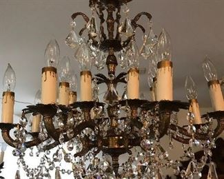 LARGE ITALIAN BRASS CHANDELIER WITH LOTS OF BEAUTIFUL CRYSTALS              $  495.00