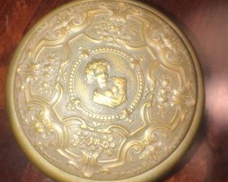 French music box 19C ? Gilt metal Roman design