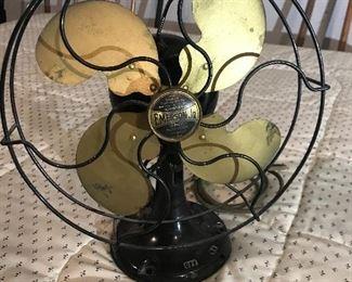 Vintage in working order Emerson fan