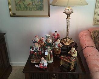 End table, Christmas décor