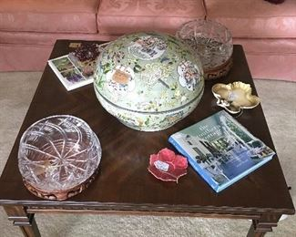 Side table, Crystal bowls, and other décor