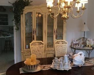 Thomasville furniture dining room set