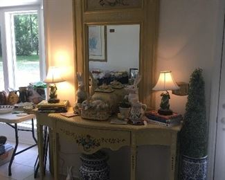 Southern living foyer table and mirror