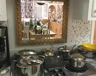Pots and pans, Square wall mirror