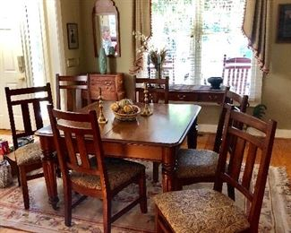 Vintage dining table with leaf and 6 chairs