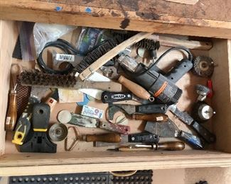 Misc assortment: scrappers, wire brushes, craft tools...