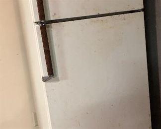 Westinghouse freezer, refrig,  14 1/2   RT155H