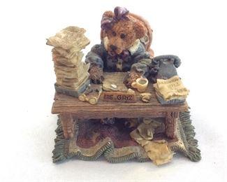 The Boyd Collection Santa & Friends. Boyds Bears & Friends.