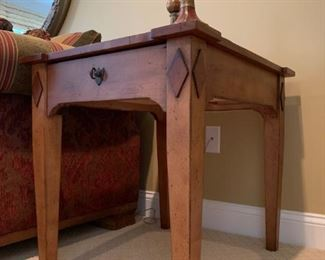 Superior Furniture End Table with Diamond Accent