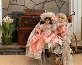 Antique Wooden Chests, Victorian Collection Gallery Dolls