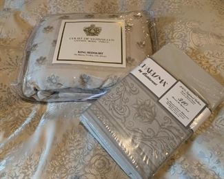 Designer Linens and Bedding