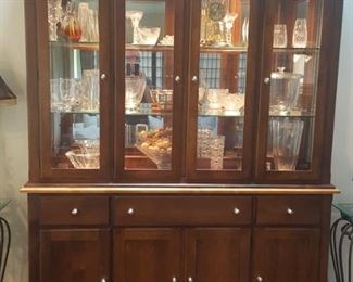 $175 Lighted China Cabinet / Display Cabinet.
