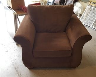 $150 - Oversized chair. Like new