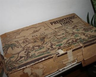 Vintage prehistoric time play set w/ figures