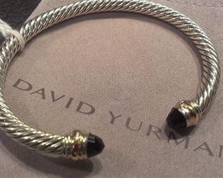 DAVID YURMAN cable sterling/onyx/14k y gold w pouch, remember we do PRESALES, see Description at top of listing