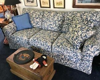 Bassett blue and white sofa (comfy)