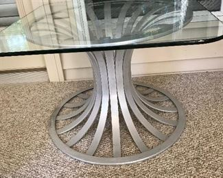 Russel Woodard Aluminum Glass Top End Table