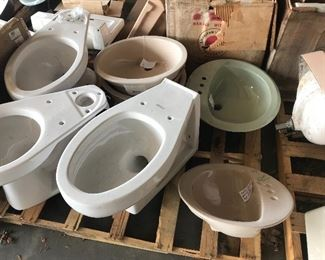 Many options of toilets and sinks