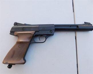 Crosman Powermatic Pellet Gun