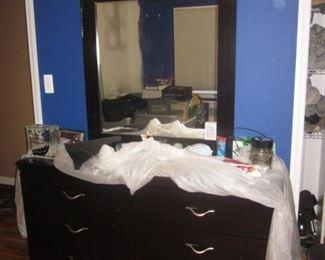 Newer Bedroom Suite