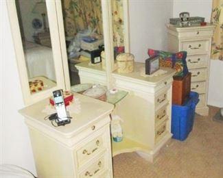 Dresser Vanity & 2 tall jewelry cases .