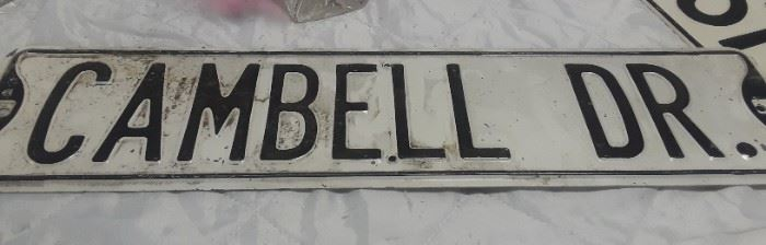 Cambell Dr Sign