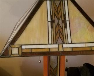 Frank Lloyd Wright type lamp