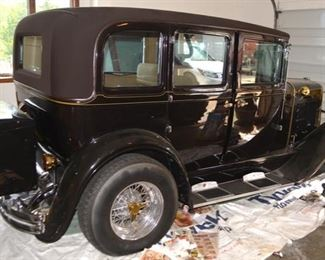 1928 Nash Sedan, Restored, Jaguar Front End & Corvette Motor
