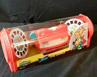 The Jetsons'' Vintage Time Capsule View-Master NIB https://ctbids.com/#!/description/share/243099