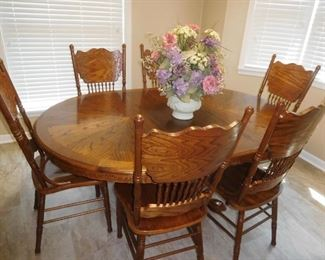 Nice oak dining set