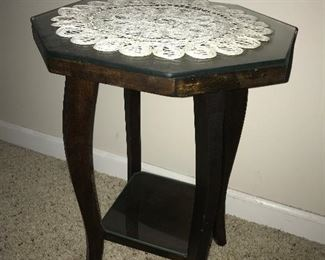 Lamp table.