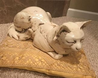 Art Pottery cat from Freeman & McFarlin Potteries of California. Signed Anthony.