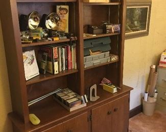 Double bookcase / cabinet