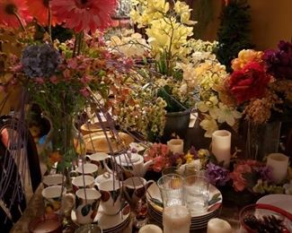 Lots of choices for decorating your home with beautiful flowers