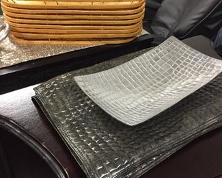 Placemats, serving trays