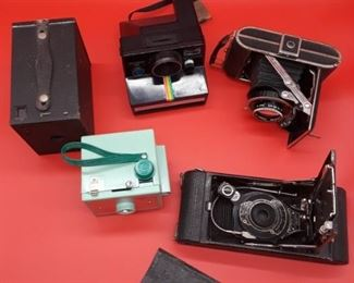 Savoy Mark II camera, Browning camera, SE Polaroid Land Camera, Super Sport Dolly camera, Kodak Kodak number one a camera